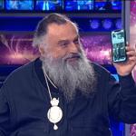 """""""რა ვქნა ახლა, ეს ტელეფონი გავყიდო და ფული გლახაკებს დავურიგო""""?!"""